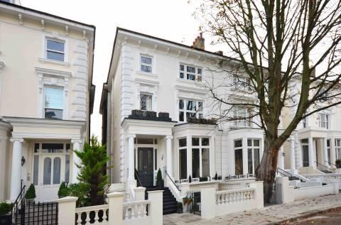Belsize Square, Belsize Park, London, NW3 4HT